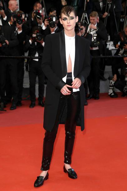 shoes flats cannes pants red carpet blouse top black and white kristen stewart celebrity