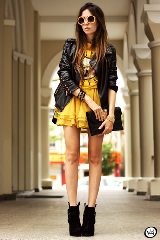 fashion coolture skirt t-shirt jacket jewels sunglasses bag shoes