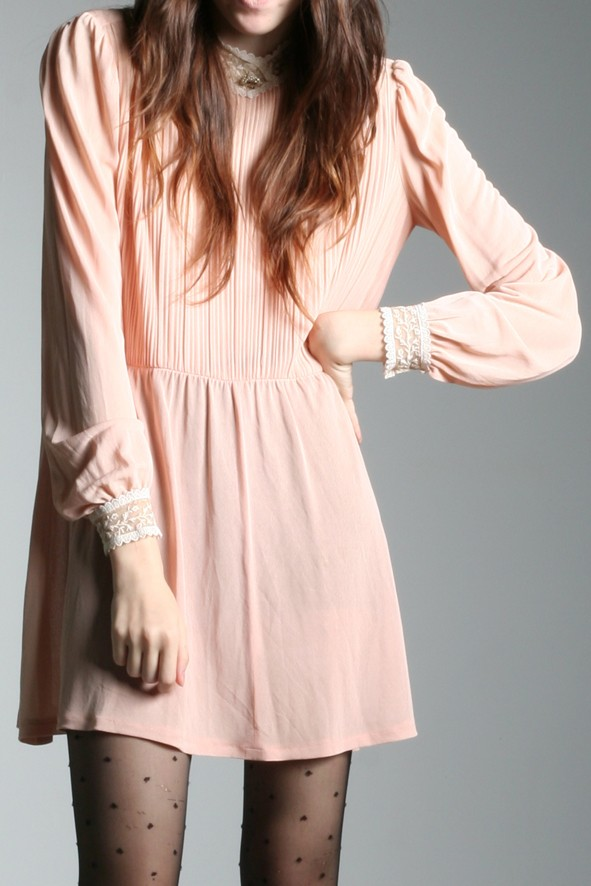 Robe vintage 60s victorian pink lace dress
