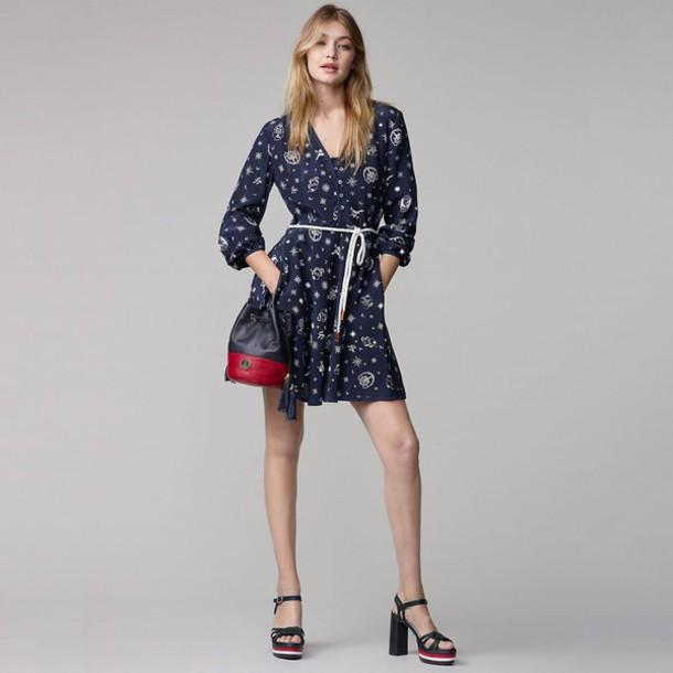 dress gigi hadid model fall dress fall outfits sandals long sleeve dress bag platform sandals shoes