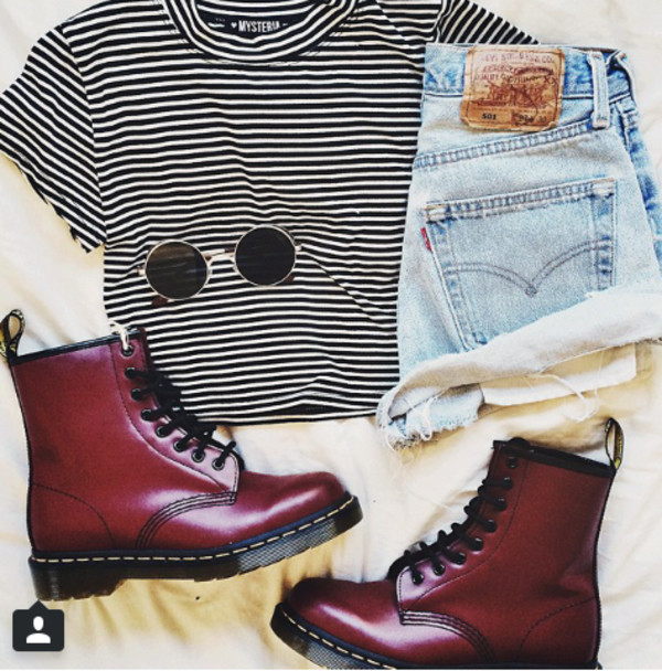 shoes cool girl style lovely top sunglasses t-shirt blouse striped black white crop top