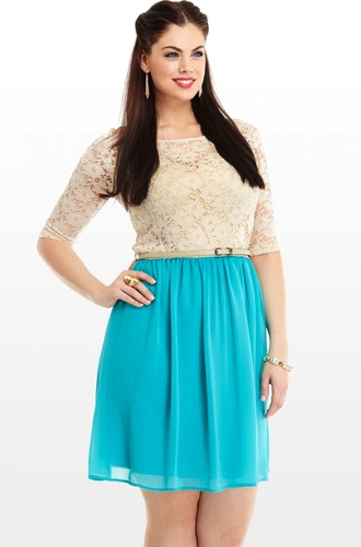 dress chloe marshall model curvy plus size blue dress lace dress romantic summer dress romantic dress