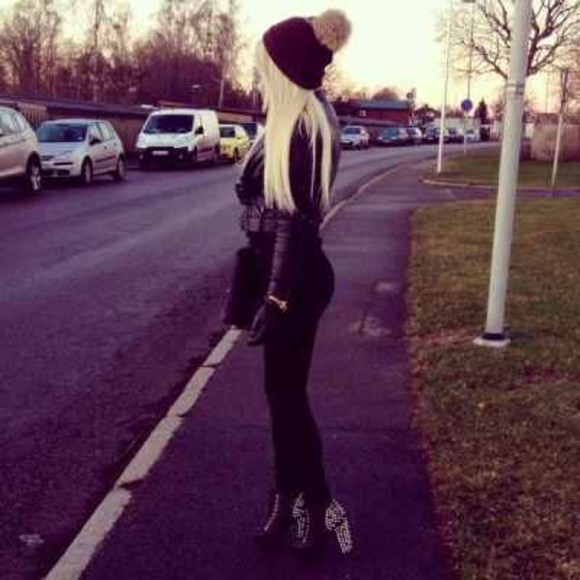 high heels bag hat jacket beanie jeans shiry
