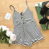 romper,stripes,tank top,comfy,ribbed,ribbed romp,ribbed detailing,summer,spring,outfit,ootd,holidays,outfits black white,black and white,double,buckles,belt,style,happiness,bellexo