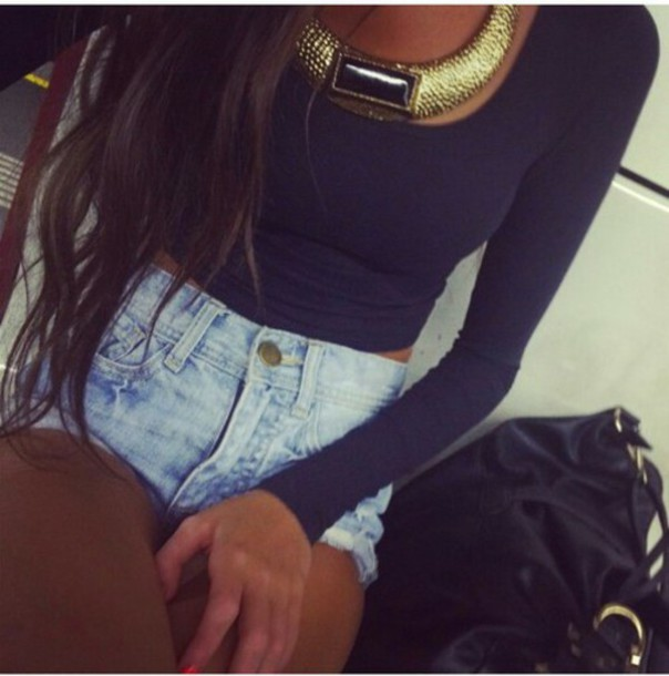 blouse cropped sweater bag body hair perfect girl accessories necklace summer outfits hat jewels sweater High waisted shorts denim denim shorts gold necklace shirt cropped grey sweater