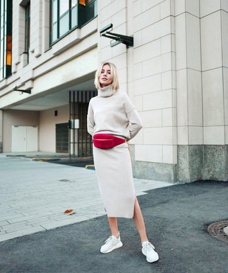 sweater tumblr knit knitted sweater grey sweater turtleneck turtleneck sweater skirt midi skirt knitted skirt sneakers bag fanny pack