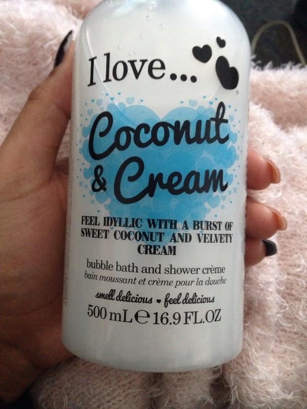 Gel de dus I Love Cosmetics Coconut & Cream, 500 ml
