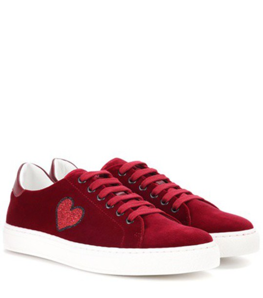 Anya Hindmarch Glitter Heart velvet low-top sneakers in red