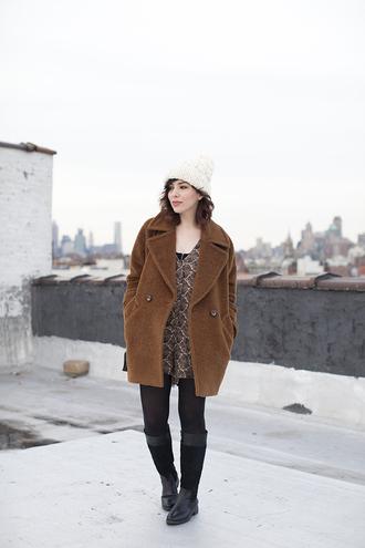 keiko lynn blogger romper rust boyfriend coat winter outfits coat top shoes
