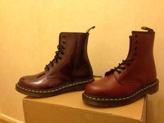 shoes doc. martens boots drmartens docs doc marten bordeau purple shoes lacets swag