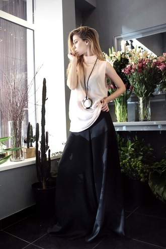 sirma markova blogger make-up blouse pants jewels top sustainable