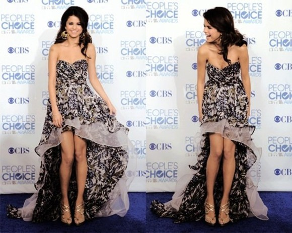 selena clothes celebrities dress brands
