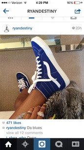 shoes,blue,vans,hightop,blue and white,blue vans,blue shoes,hi top,vans of the wall,sk8-hi,vans girls