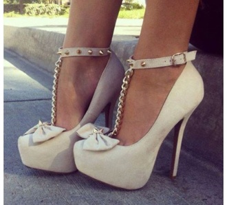 shoes classic spikes bows stilettos gold chain baddie