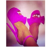 shoes,pink,high heels,bows