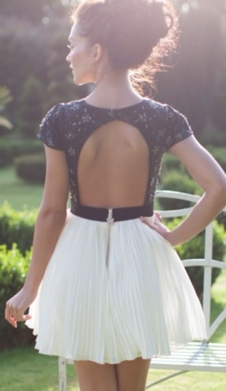 dress cute dress black and white summer classy open back open back dresses pleated
