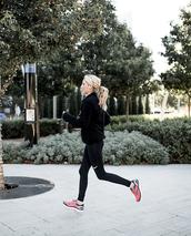 krystal schlegel,blogger,shoes,leggings,sweater,socks,sportswear,nike,nike leggings,sneakers