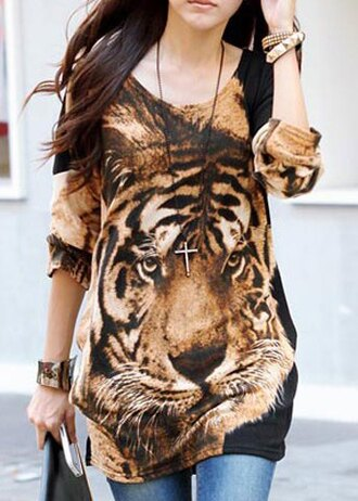 t-shirt cool fashion style trendy sexy stylish tiger print tiger tiger shirt printed t-shirt party party outfits brown summer outfits summer top fashionista smoking