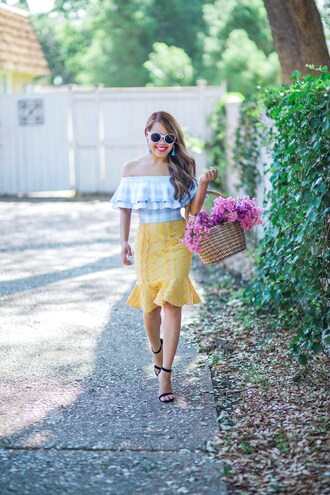 skirt pencil skirt lace ruffle skirt off the shoulder top off the shoulder checkered top basket sandals sunglasses earrings blogger blogger style