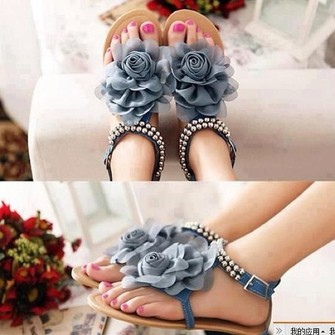 Shoes online for women. Where to buy cute sandals