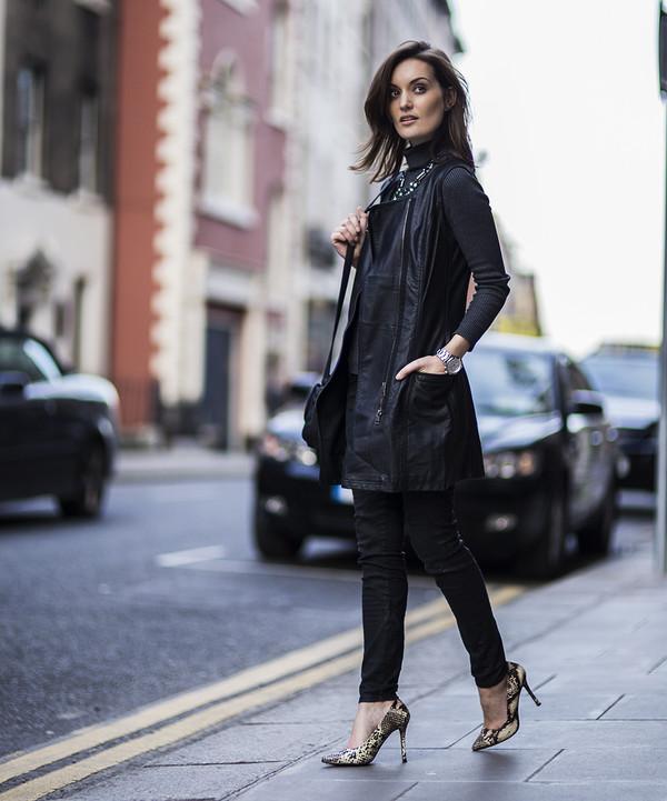 anouska proetta brandon jewels shoes bag jacket sweater jeans