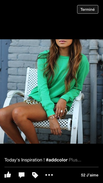 sweater green summer outfits tanned