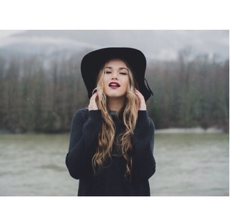 hat sweater black sweater winter sweater knitted sweater knitwear pullover black top top black hats winter outfits