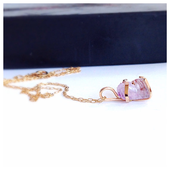 Raw Orchid Amethyst Gold Necklace Valentine's by camilaestrella