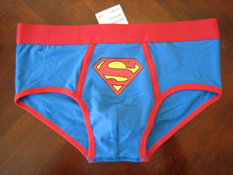 From masked men to caped crusaders, specialtysports.ga carries men's superhero briefs, boxers, and boxer briefs that will make your man feel like he can defeat any villain. Famous superheroes include Superman, The Punisher, Batman, Green Lantern, The Flash, Captain America, Iron Man, Wolverine, Fantastic Four, Spiderman, and more.