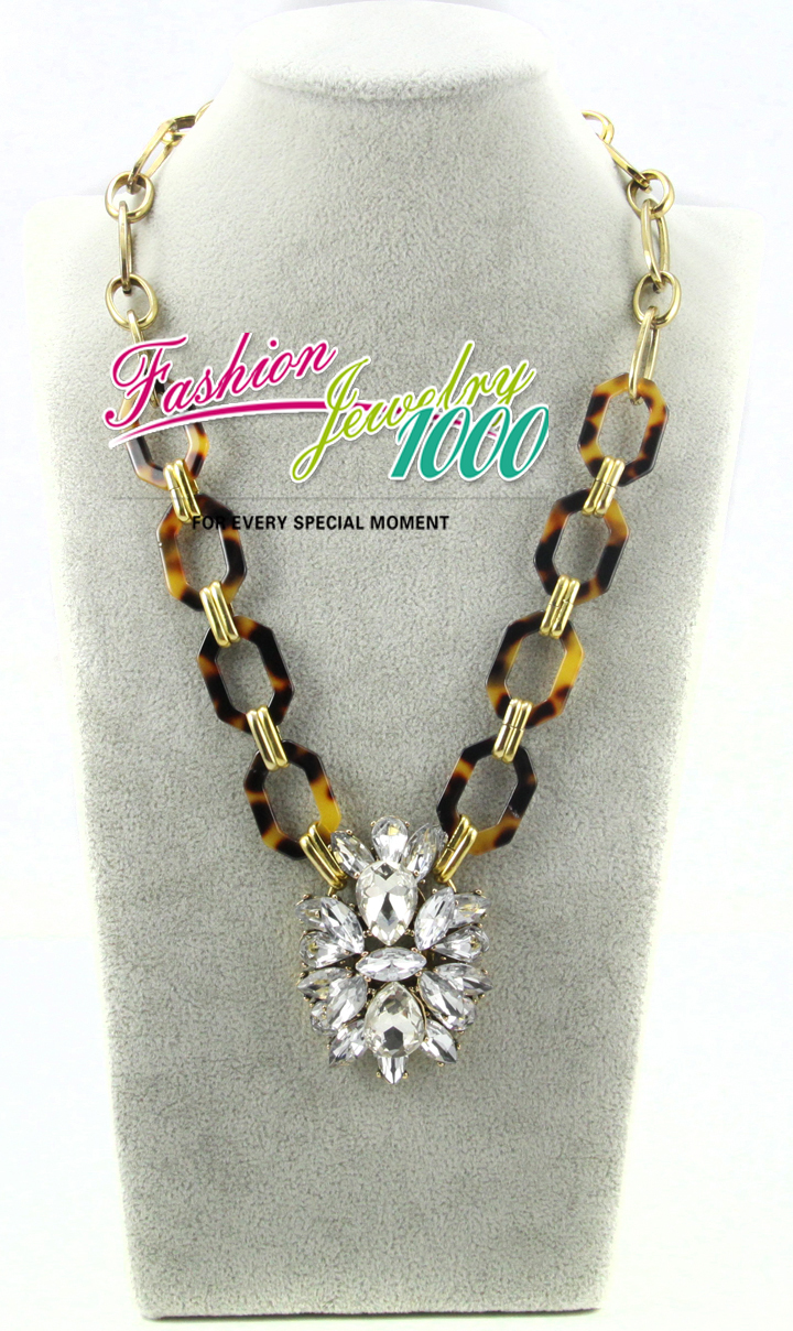 2013 New Vintage Brand Tortoise Crystal Chunky Statement Choker Necklace Fashion Metal and Acrylic Chain Women Pendant Jewelry-in Chain Necklaces from Jewelry on Aliexpress.com