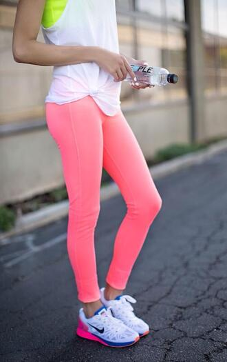 leggings sport sports basket sports pants t-shirt bra sports bra running shoes nike