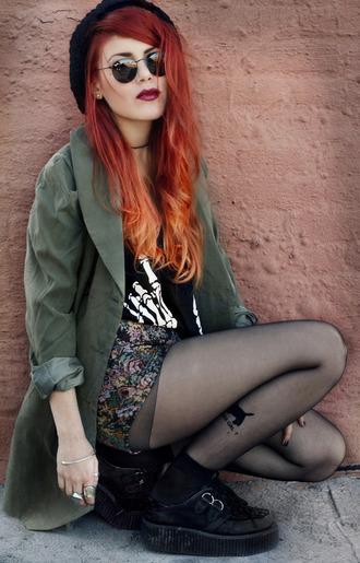 jacket jackey t-shirt leggind ripped jeans hat shoes shorts lents skirt leggings sunglasses