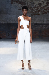 jumpsuit,Mulhier,pants,top,asymmetrical,sandals,NY Fashion Week 2016,white,all white everything,crop tops,bandeau,runway,model