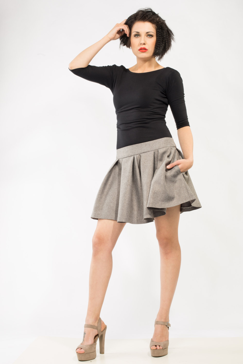 Gray Short Skirt with pockets Made to order