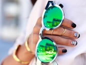 sunglasses,nails,chevron ring,knuckle ring,gold,accessories,ring,mirrored sunglasses,green