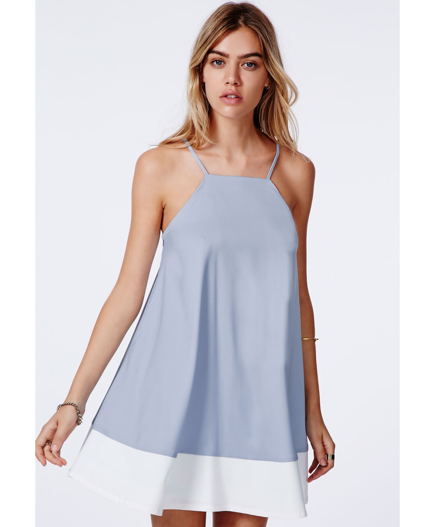 Missguided - Brooke Colour Block Hem Swing Dress Baby Blue