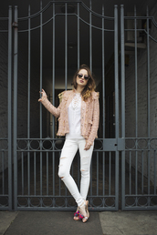 at fashion forte,blogger,jacket,sweater,jeans,sunglasses,shoes