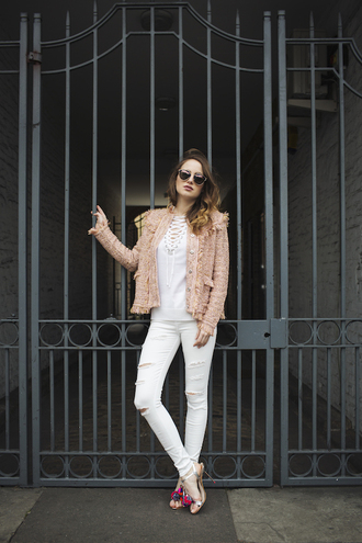 at fashion forte blogger jacket sweater jeans sunglasses shoes