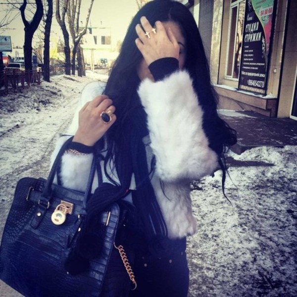 coat white fluffy bag jacket fur grey black gold