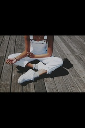 pants,overalls,overall pants,white overalls,white pants,hipster,jeans,dungarees,white dungarees,nike air force 1,white denim,denim,clean,denim dungarees,jumpsuit,shoes,white,sexy