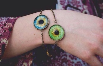 jewels bracelets eye goa hippie festival style blogger extraordinary eyes grunge soft grune blue blue eyes green green eyes tumblr girl summet girly pale cyte kawaii cute lovely horror scary weird