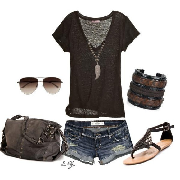 brown t-shirt t-shirt shirt clothes shorts jewels bag