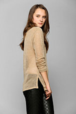 Nolitha Metallic V-Neck Boyfriend Sweater - Urban Outfitters