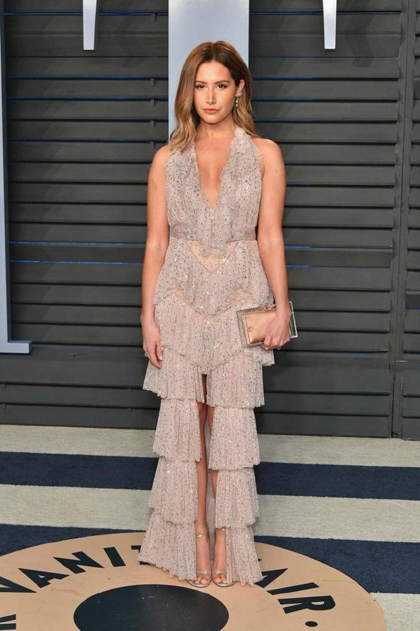 shoes sandals plunge dress plunge v neck ashley tisdale oscars 2018 red carpet dress prom dress gown