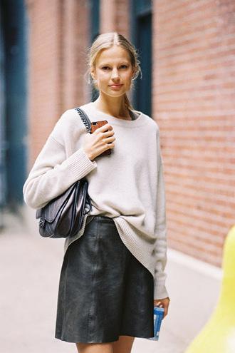 vanessa jackman blogger sweater skirt leather skirt oversized sweater minimalist