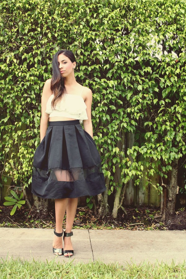 HIGH WAIST SHEER INSET PLEATED SKIRT | Express