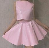 top,skirt,pink skirt,skater skirt,grunge,grunge girl,tumblr,tumblr girl,vinyl,pastel,pastel pink,pastel pink skirt,pink,light pink,grunge top,tank top,pale,plastic,blouse