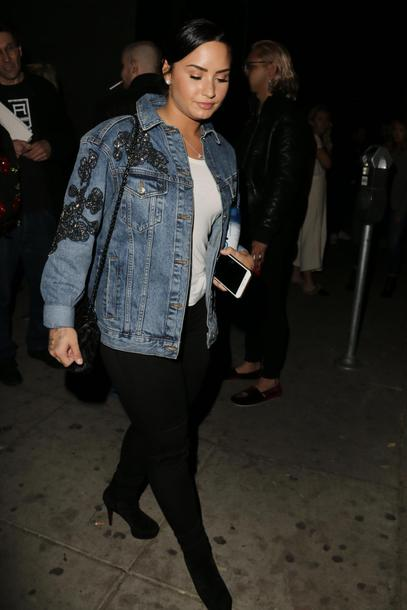 jeans demi lovato streetstyle top fall outfits denim jacket denim
