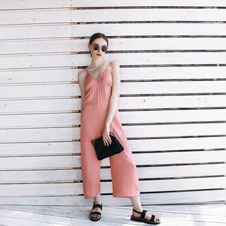 jumpsuit tumblr pink jumpsuit cropped jumpsuit sandals bag flat sandals summer outfits shoes