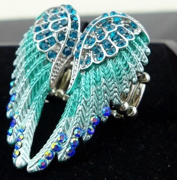 Rhinestone angel wings ring